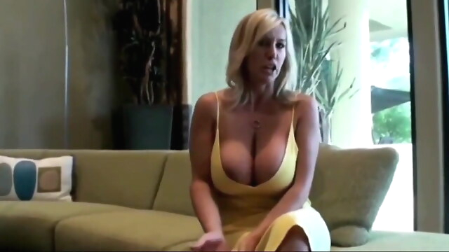 Tube Sex  - Best Friend's Mature Wife is Such a Whore cumshot