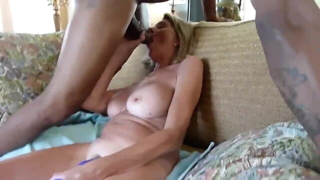 Tube Sex  - Wife begs bbc to hurt her creampie
