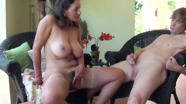 Tube Sex  - Fun with Cute MILF cumshot