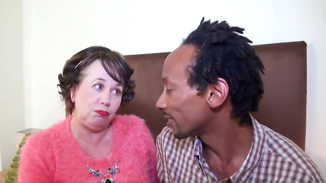 Tube Sex  - Dark-haired Granny In England Fucked By Bbc big tits