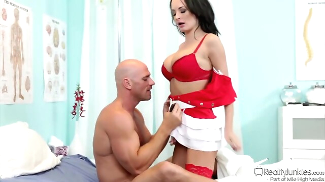 Tube Sex  - Johnny Sins Had A Sexy Nurse big tits