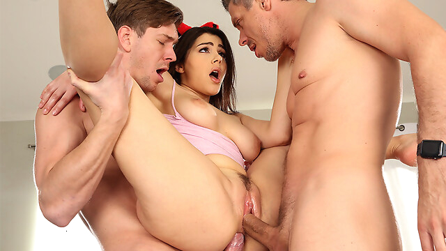 Tube Sex  - Valentina Nappi & Markus Dupree & Mick Blue in Stuffing All of Her Holes - BangBros big ass