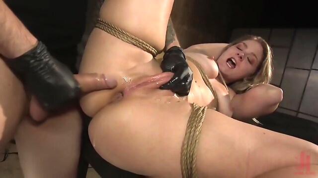 Tube Sex  - Lisey Sweet – All Natural Blonde Babe Lisey Sweet Ass bdsm