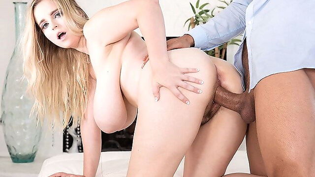 Tube Sex  - Codi Vore's First SCORE XXX - Codi Vore and Alex Legend - Scoreland big tits