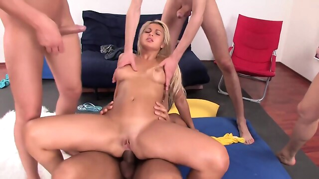 Tube Sex  - Dp Teen Gangbang blonde