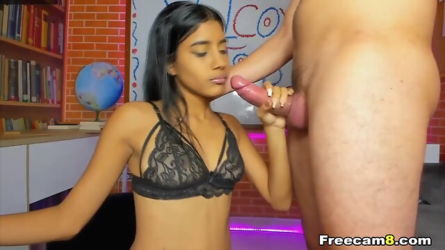 Tube Sex  - Latina Teen Gives Lover a Hot Sucking blowjob