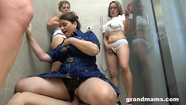 Tube Sex  - My First Grandma Orgy in a Classy Bathroom group sex