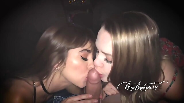 Tube Sex  - Wild Outdoor Sex Ride With Riley And Mia, Mia Malkova And Riley Reid hd