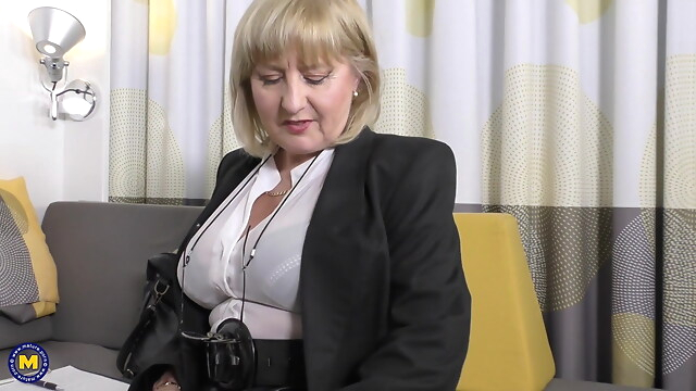 Tube Sex  - A very erotic job interview by 57yo sexy Lorna Blu british