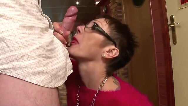 Tube Sex  - The start of my granny fetish 0342 mature
