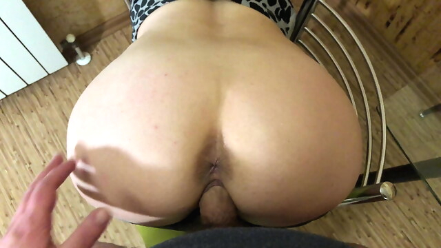 Tube Sex  - I Paid The Courier With A Blowjob And My Tight Pussy blowjob