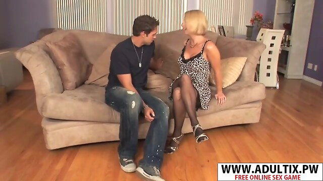 Tube Sex  - Fresh Step Mommy Brianna Beach Seduces Well Touching Stepson blonde
