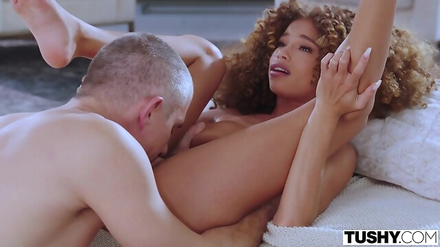 Tube Sex  - Cecilia Lion - Hot Ebony Babe big cock