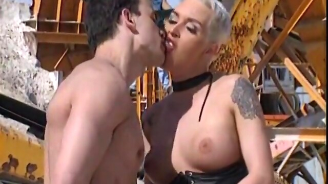 Tube Sex  - Il Cantiere Della Paura - Full Movie - Jacqueline Wild, Coralie And Piotr Stanislas blonde